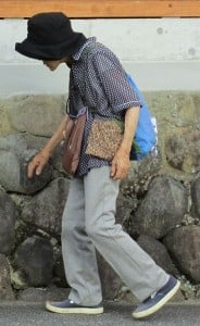 Woman with long standing osteoporosis. Courtesy of Wikimedia.