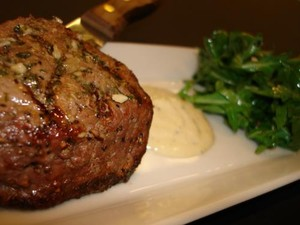 houlihans_4oz_filet